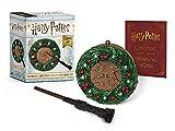 Harry Potter: Hogwarts Christmas Wreath and Wand Set: Lights Up! - Donald Lemke