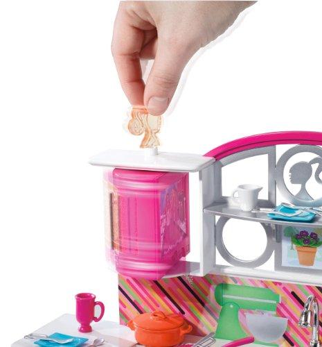 Barbie T8014 - Barbie Deluxe, mobili: Cucina arredata, accessori e bambola