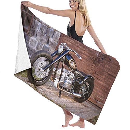AIMILUX Toalla de Playa,Motocicleta Piedra Pared de ladrillo Puerta de Madera Piso Hierba Verde Motocicleta Negra,Toallas de Baño Toallas de Acampada Piscina Natación Playa Ducha