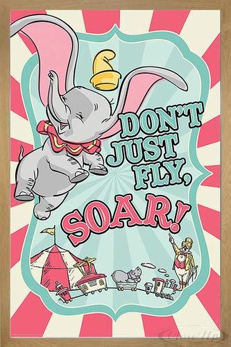 Disney Dumbo Poster Circus (66x96,5 cm) gerahmt in: Rahmen Eiche
