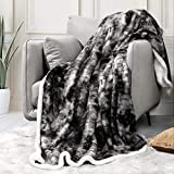 Sagino Soft Fuzzy Faux Fur Throw Blanket 50'x60', Solid Reversible Sherpa Blanket - Lightweight Fluffy Cozy Plush Fleece Comfy Microfiber Blanket for Couch Sofa Bed, Gray