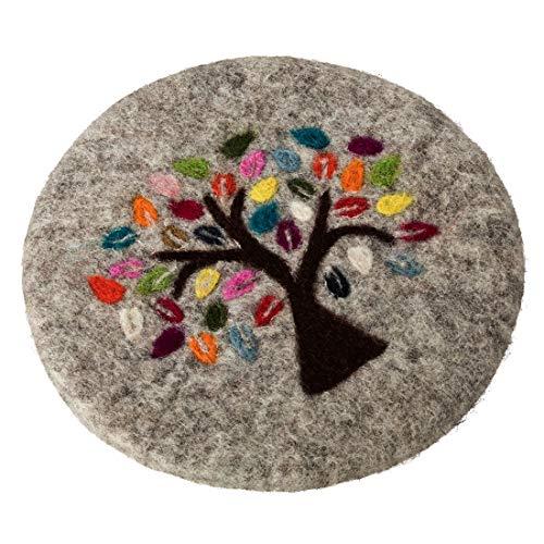 Maharanis Lebensbaum FAIRTRADE Tree of life handgefilzter Untersetzer 21 cm graumeliert bunt bestickt, 21 cm, Grau Meliert