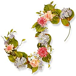 Spring garland with hydrangeas for tablescape