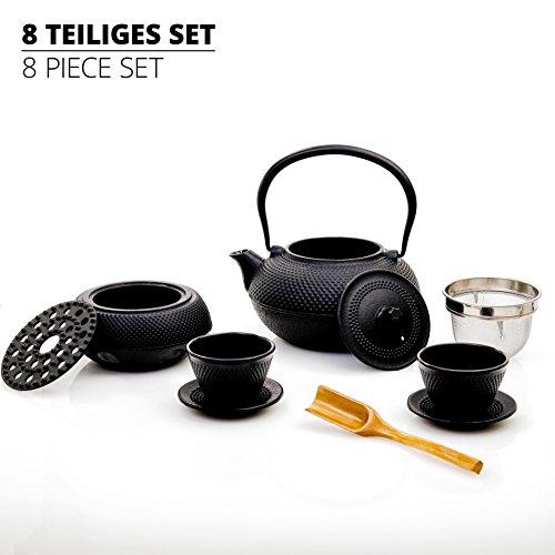 Lumaland Tee Set 8-teilig - 1,4 Liter Gusseiserne Teekanne, Stövchen, Dosierlöffel, Sieb, 2 Teebecher und 2 Untersetzer