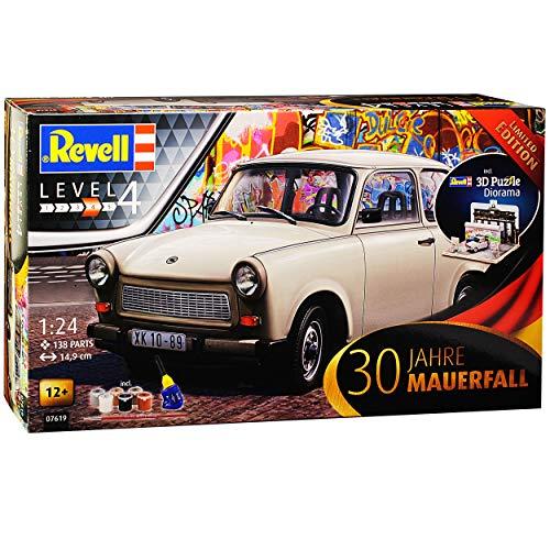 Trabant 601 Limousine Beige 1964-1990 mit Diorama Brandenburger Tor Farben Leim Pinsel 07619 Bausatz Kit 1/24...
