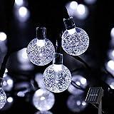Ibello Catena luminosa Solare Stringa di Luci 6 Metri 30 Palline LED Impermeabile Energia Solare Bulbo Luminoso Luce Bianca Fredda 8 Modalità Decorativa da Festa Giardino Gazebo (Bianco Freddo)
