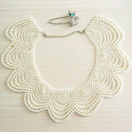 kilofly White Faux Pearl False Collar Necklace, with Rhinestone Cat Pin