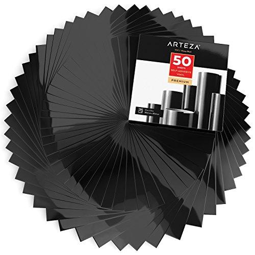 ARTEZA Selbstklebende Vinylfolie, 50 Stück, 12 x 12 Zoll (30.4 cm x 30.4 cm), glänzende Schwarze Klebefolien, Vinylblätter zum Dekorieren und Aufkleben auf glatten Oberflächen