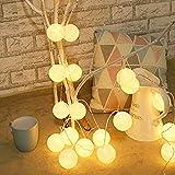 Lichterkette aus Baumwollkugeln mit LEDs (batteriebetrieben)