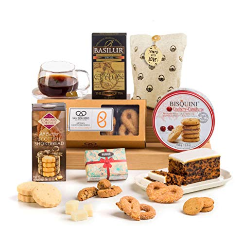 Traditional Afternoon Tea Time Treats Biscuits and Cake Hamper Box