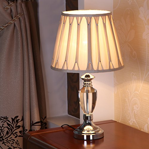 Bonne chose lampe de table Lampe de table de chevet simple à la mode de mode simple en cristal Lampe à encastrer