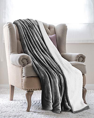 Utopia Bedding Mantas Reversibles de Franela Sherpa (150 x 200 cm) - Gris - Tela de Cepillo Extra Suave, Súper cálida, Mantas para sofás acogedora y Ligera, Cuidado fácil