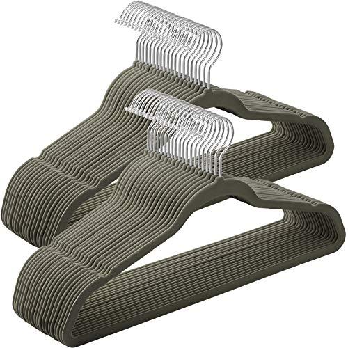 SONGMICS Juego de 50 Perchas Aterciopeladas, 42 cm de Largo, Finas y Duraderas, de Gran Capacidad de Carga, con Ganchos Giratorios de 360°, para Camisas de Abrigo Completas, Gris CRF026V01