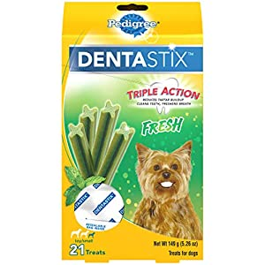 PEDIGREE DENTASTIX Dental Dog Treats for Toy/Small Dogs Fresh Flavor Dental Bones, 5.26 oz. Pack (21 Treats)