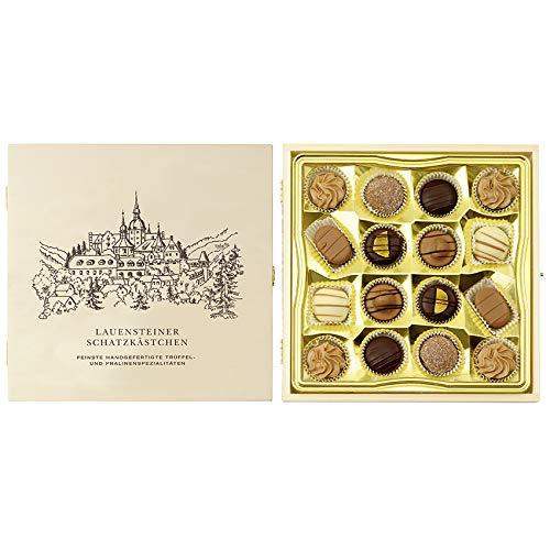 Lauensteiner Schatzkästchen | 200g feinste Pralinen ohne Alkohol, 7-fach sortiert in edler Geschenkbox aus HolzPerfektes Geschenk für Mama und Papa!