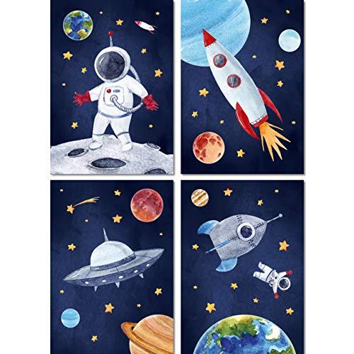 LALELU-Prints | A4 Bilder Kinderzimmer Deko Mädchen Junge | Weltall Rakete Planeten Astronaut | Poster Babyzimmer | 4er Set Kinderbilder (DIN A4 ohne Rahmen)