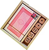Pack 2 Juegos en una Caja de Madera Ekeko Saloon .Essential Board Games. Baraja 54 Cartas y 5 Dados de Madera.