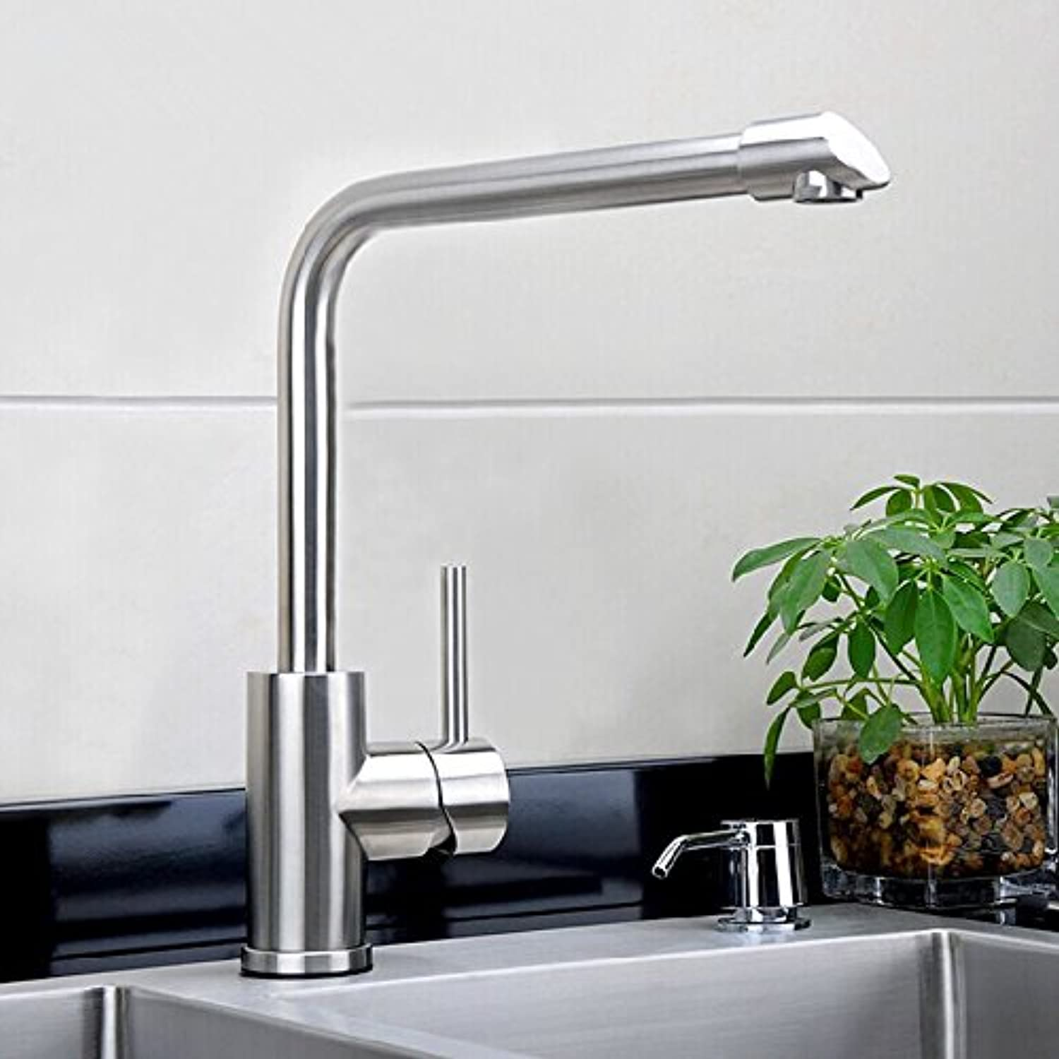 Hlluya Professional Sink Mixer Tap Kitchen Faucet Kitchen faucet 304 stainless steel hot and cold water kitchen faucet stainless steel vegetable box, tap.