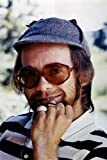Poster Elton John In Hat and Sunglasses 1970er Jahre, 61 x