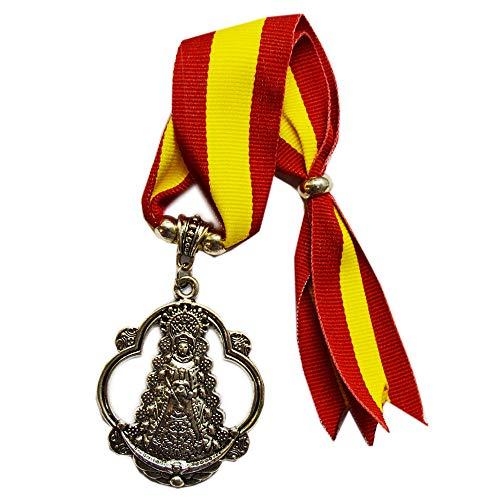 Cuelga Coche de la Virgen del Rocío. Tira de la Bandera de España. Medida Total: 25cm Aproximadamente.