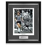 exclusivememorabilia.com Foto del Newcastle United firmada por Peter Beardsley. Marco de Lujo