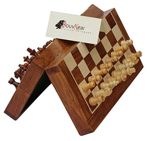 SouvNear Magnetisches Schach-Set - 26,7x 26,7cm - zusammenklappbares Schachbrett mit 2extra Königinnen und Reisetasche - Premium-Qualität-Palisander-Schach-Spiel mit integriertem Speicher