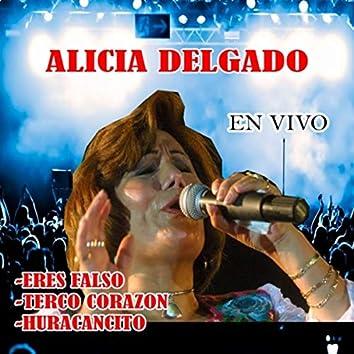 Eres Falso / Terco Corazon / Huracancito (En Vivo)