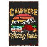 BYRON HOYLE Cartel de metal vintage de Camp More Worry Less para decoración de pared, diseño de campamento con texto en inglés 'Aventura de verano'