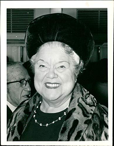 Fotomax Vintage Photo of Violet Carson