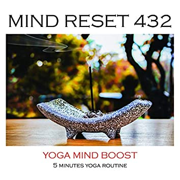 Yoga mind boost (5 minutes yoga routine)