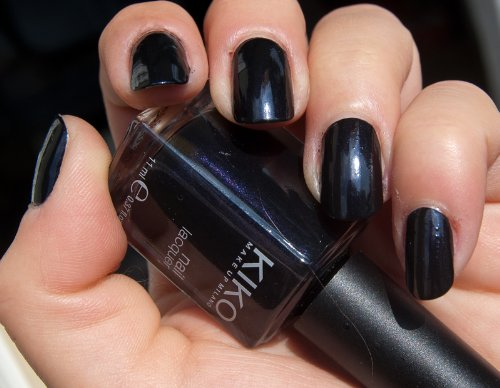 KIKO Nail lacquer Nagellack Nr. 264 Farbe: Dunkellila/Schwarz Inhalt: 11ml Nail Polish