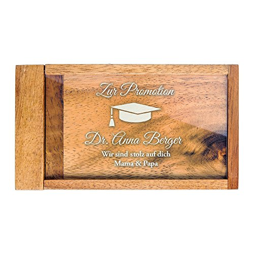 Casa Vivente Magische Geldgeschenkbox mit Gravur zur Promotion, Motiv Hut, Personalisiert mit Namen, Knobelspiel, Verpackung für Geldgeschenke