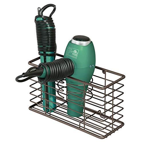 mDesign Soporte para secador de pelo en metal – Organizador de baño seguro con 3 compartimentos – Estante multifunción con espacio para secador, rizador eléctrico y plancha – color bronce