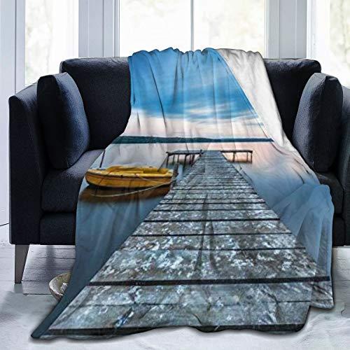 Nongmei Manta de Franela con patrón Personalizado,Puente de Madera Agua Tranquila Lago Muelle Barco Noche Paisaje,Manta de Felpa Suave y cómoda 60'x80'