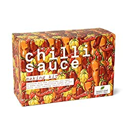 MAKE SEVEN TYPES OF DELICIOUS CHILLI SAUCE: Contains all the chillies you need to make seven delicious types of hot sauce, with varying levels of heat. SIX EXOTIC CHILLIES: Chipotle, Aji Amarillo, Habanero, Piri Piri, Cayenne, Facing Heaven ECO-FRIEN...