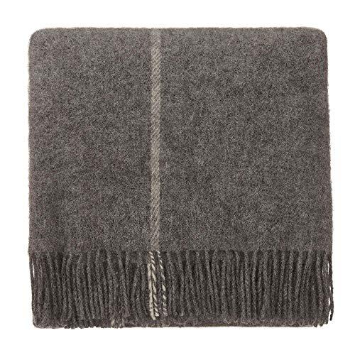 URBANARA 140x220 cm Wolldecke 'Saldus' Grau/Creme — 100% Reine skandinavische Wolle — Ideal als Überwurf, Plaid oder Kuscheldecke für Sofa und Bett — Warme Decke aus Schurwolle mit Fransen