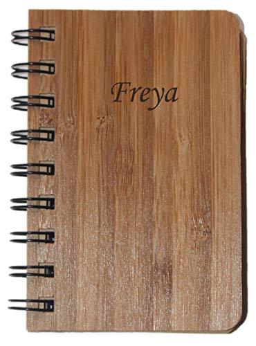 Notizbuch mit Holzdeckel mit eingraviertem Namen: Freya (Vorname/Zuname/Spitzname)