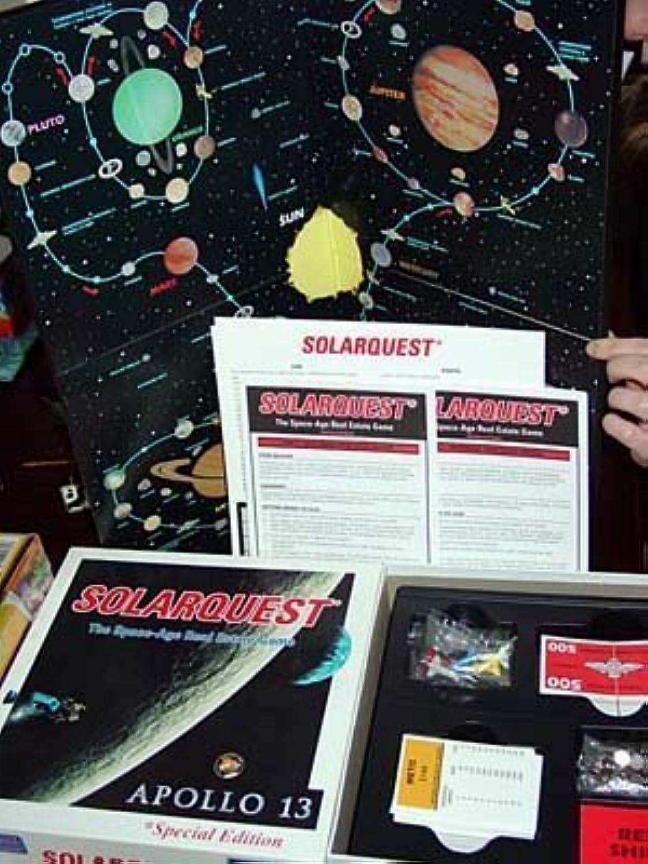 ¡No dudes! ¡Compra ahora! Solarquest The Space-Age Real Estate Juego  Apollo 13 Edition Edition Edition by Universal Juegos  grandes ahorros