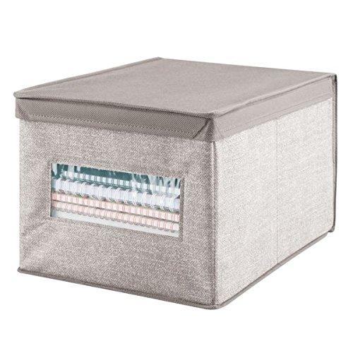 mDesign – Caja de tela con tapa para ordenar armarios – Ideal como organizador de oficina o caja de almacenaje – Versátil caja organizadora – Consigue orden y espacio adicional – Color: beige