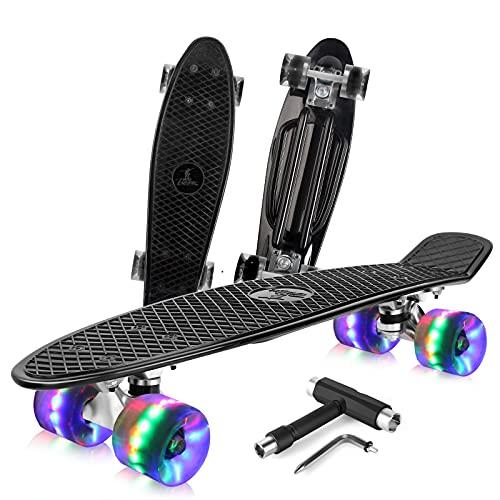 BELEEV Skateboard 22 Zoll Komplette Mini Cruiser Skateboard für Kinder Jugendliche Erwachsene, Led Leuchtrollen mit All-in-one Skate T-Tool für Anfänger(Schwarz)