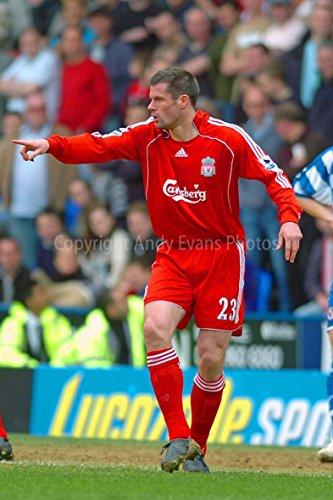 Jamie Carragher Foto-8X12(Fotos mit madejski, die sich von Jamie Carragher Playing Liverpool FC Stadion England Foto Bild mit Bild Kunst-Fotos von Andy Evans Fotografie