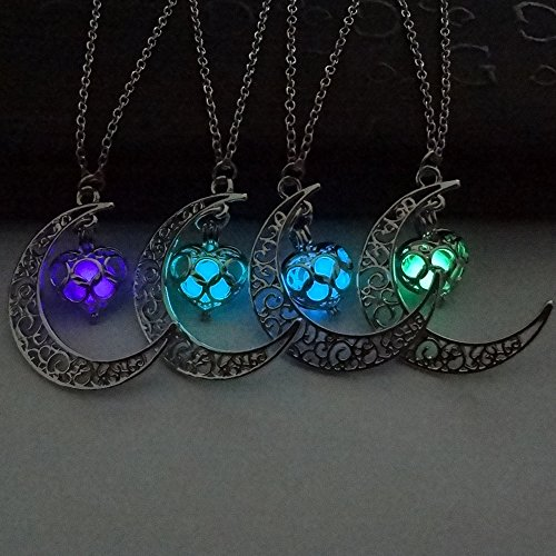4 Colors Luminous Series Moon Love Heart Pendant Necklace Fluorescent Necklace, Glow in the Dark Necklace, Valentine