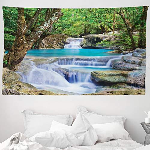 ABAKUHAUS Cascada Tapiz de Pared y Cubrecama Suave, Imagen de Ensueño Cascada Asiática Rocas en la Selva Paraíso Secreto, Material Resistente, 230 x 140 cm, Verde