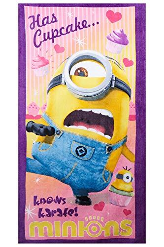 Minions Stuart Has Cupcake...knows karate! Handtuch, Strandtuch, Badetuch für Kinder, Mädchen und Jungen, aus 100% Baumwolle