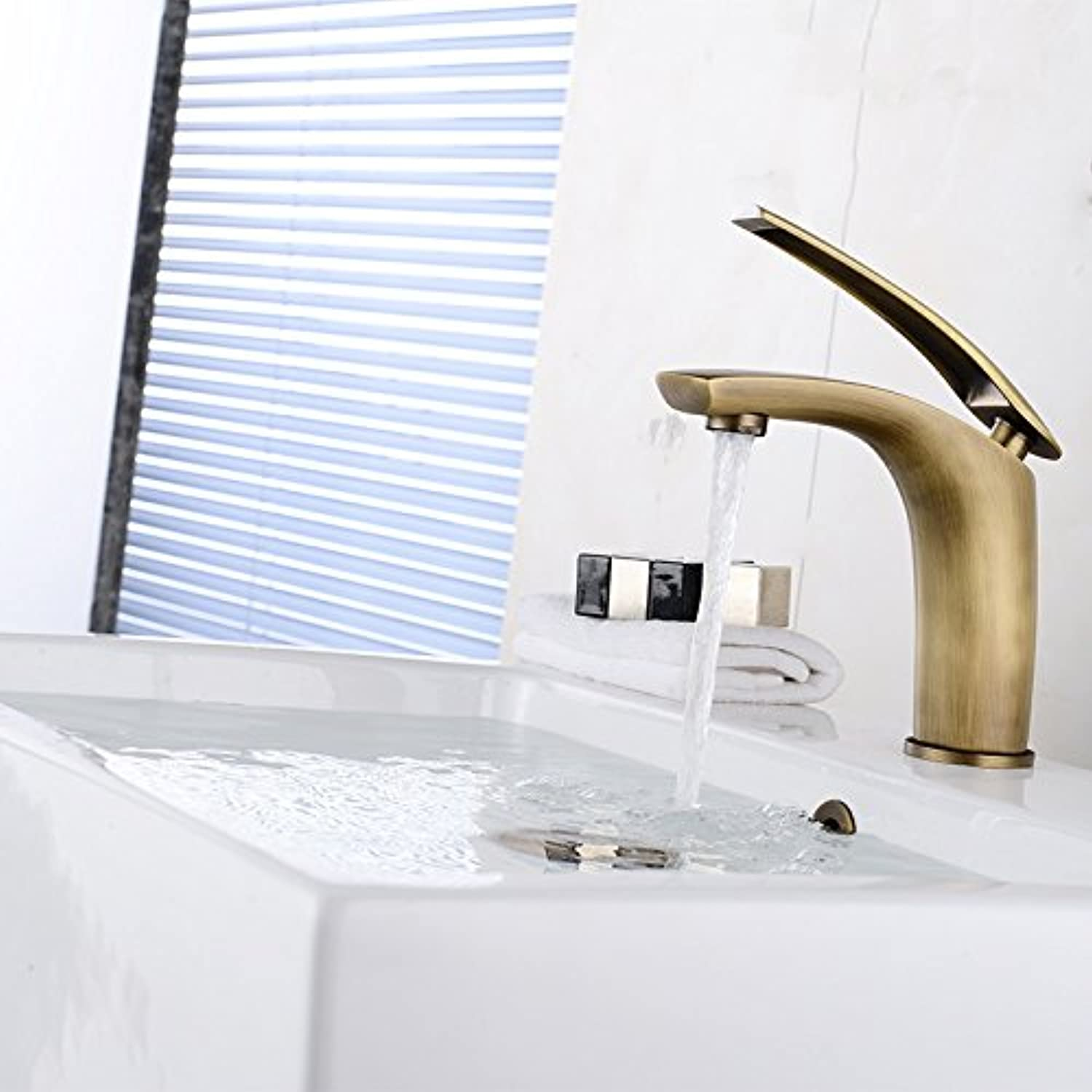 ETERNAL QUALITY Bathroom Sink Basin Tap Brass Mixer Tap Washroom Mixer Faucet The copper cold water faucet hot and cold basin antique faucet waterfall basin mixer tap wat