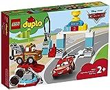 LEGO 10924 Duplo Cars de Disney y Pixar: Día de la Carrera de Rayo...