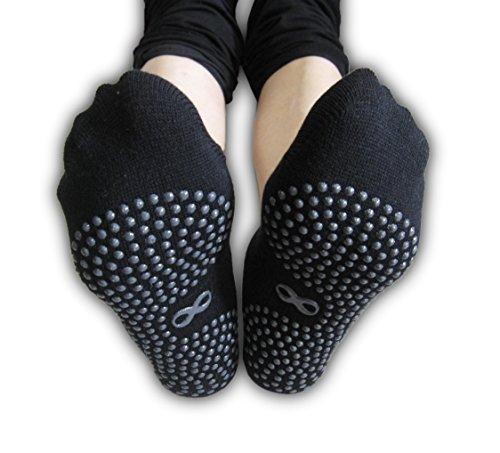 YogaAddict Calze Antiscivolo Antiscivolo con impugnature, per Riabilitazione ospedaliera, Yoga, Pilates, Barre, Trampolino, Fitness, Uso Domestico, Nero (Grippy Lines), Taglia S/M - 1 Paio