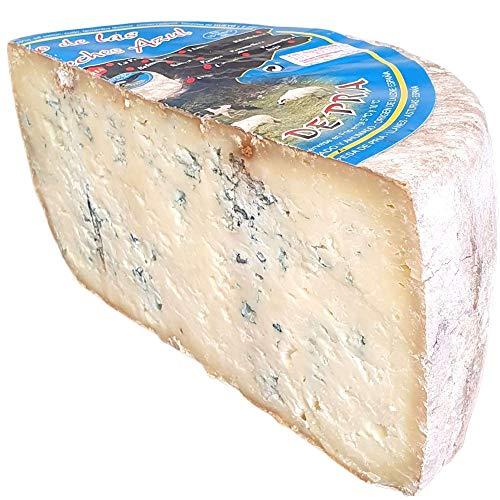 Queso Azul de Pria Tres Leches - Delicioso queso azul elaborado con leche de vaca a la que se le añaden crema de leche de oveja y crema de leche de cabra (Medio Queso 1600 gramos)