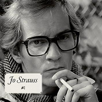 Jo Strauss