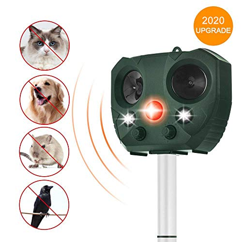 Wikomo Animal Repeller Solar Powered Ultrasonic Motion Sensor and Flashing Light Animal Repeller for Dogs, Cats, Squirrels, Deers, Rats